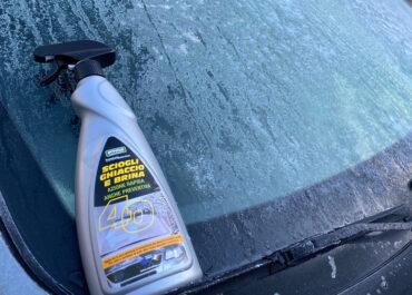 Il gelo è arrivato. Come sbrinare il parabrezza dal ghiaccio?